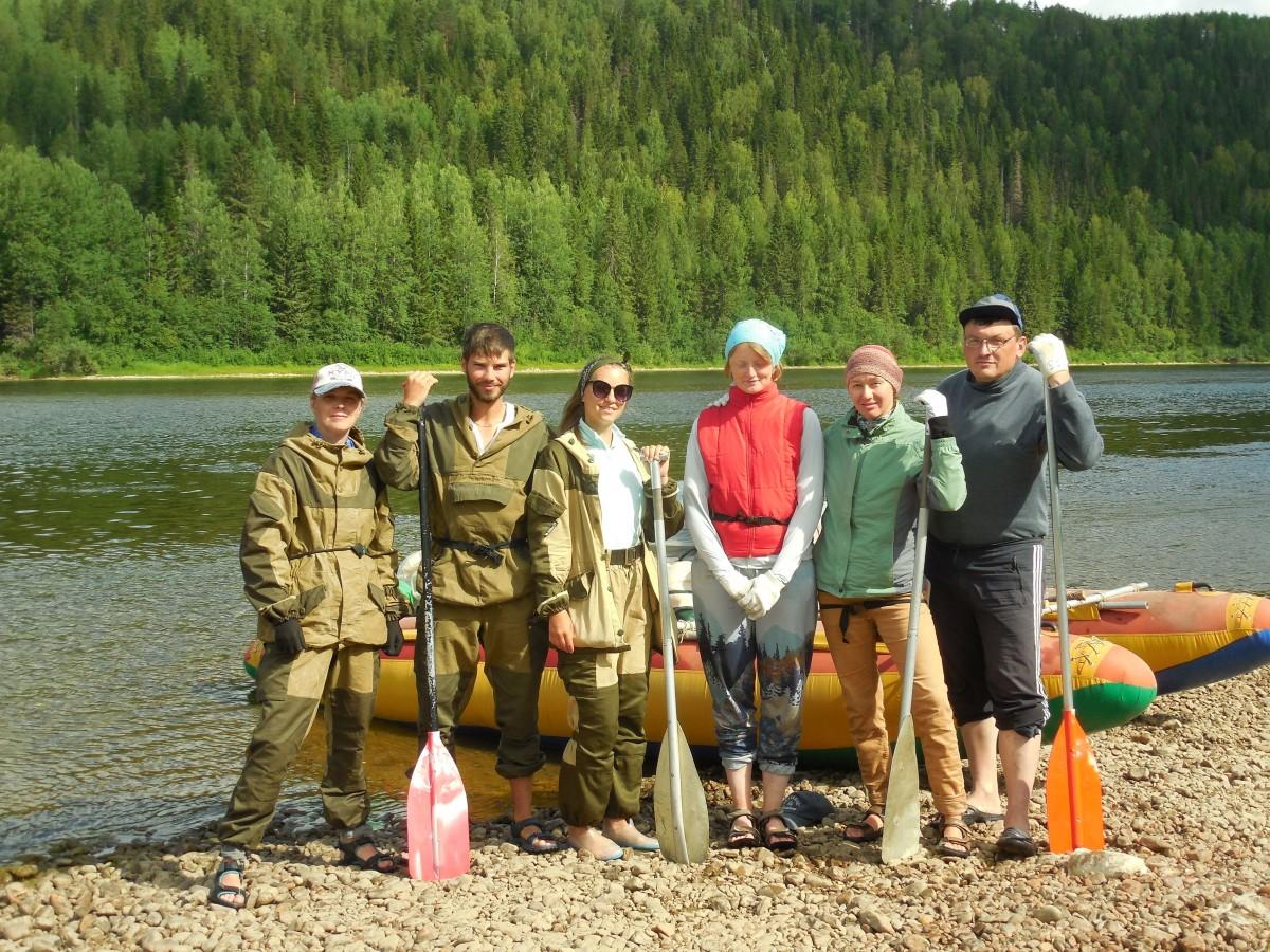 Возвращаясь с «реки памяти»: волонтёрская группа Молодёжного Мемориала завершила экспедицию по Вишере